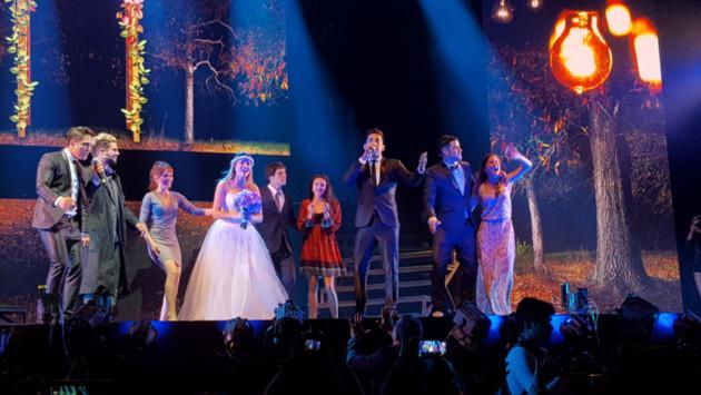 Mujercitas 'El Musical' y el Dúo Idéntico cautivaron al público