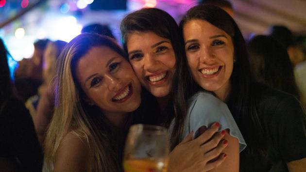 Mujeres solteras y sin hijos son las más felices asegura experto