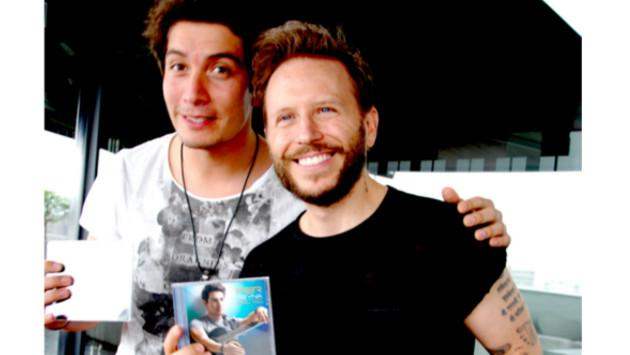 Noel Schajris grabó tema con su imitador peruano