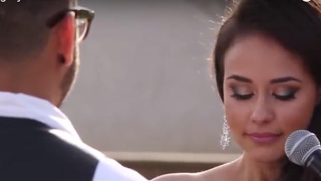 Pareja se casó tras 4 años de relación sin besarse