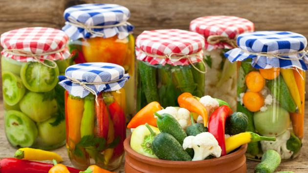 ¿Por qué comer vegetales fermentados?