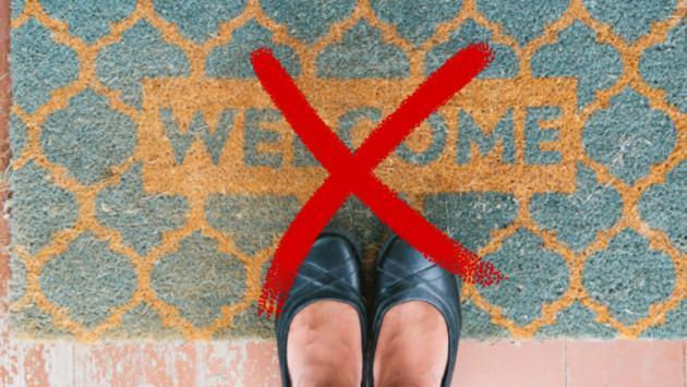 Por qué no debemos usar zapatos en casa