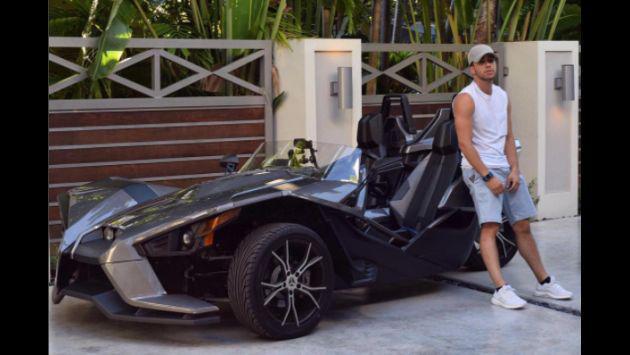 Prince Royce y su inusual auto deportivo [FOTOS]