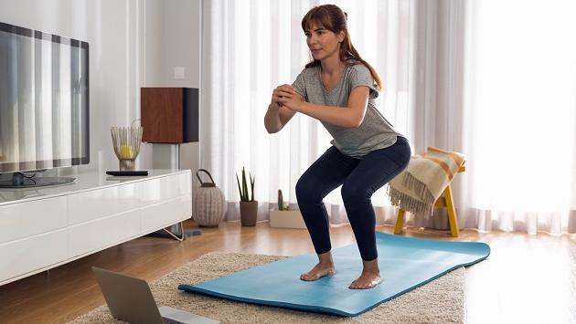 ¡Recupera tu figura con estos ejercicios que puedes hacer en casa!