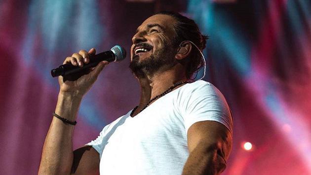 Ricardo Arjona brindó un adelanto de su nuevo videoclip