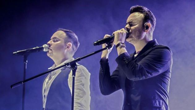 Río Roma revela cómo nació la idea de grabar la versión banda de 'Yo te prefiero a ti'