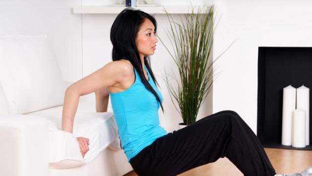 Rutinas de ejercicios para hacer en el sofá
