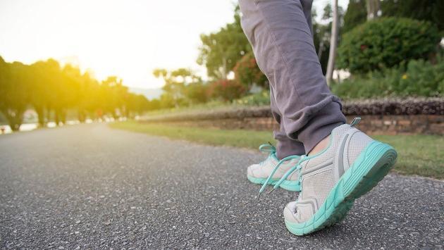 ¿Cuál es la mejor hora para hacer una caminata como ejercicio?