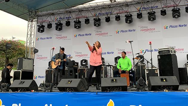 Así fue la presentación de Sandra Muente en el Festival de Baladas