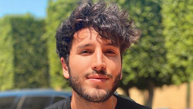 Sebastián Yatra ameniza la cuarentena con versión acústica de 'Si me dices que sí' de Reik