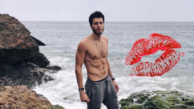 Esta es la persona que recibiría un beso robado de Sebastián Yatra