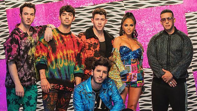 Sebastián Yatra: ¿cuáles veces se presentó en vivo con los Jonas Brothers?