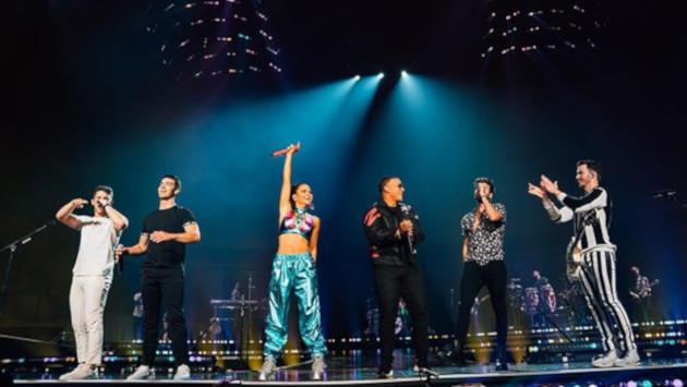 Sebastián Yatra y los Jonas Brothers cantaron en vivo 'Runaway' en Miami