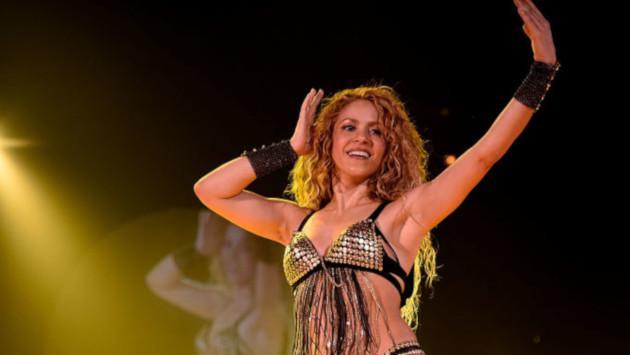 Shakira celebra su triunfo en los Premios Latin Billboard con sus fans