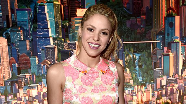 Shakira inspira a médicos y enfermeras a bailar al ritmo de 'Waka waka'