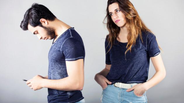 Si terminas con tu pareja, ¿la bloquerías de tus redes sociales?