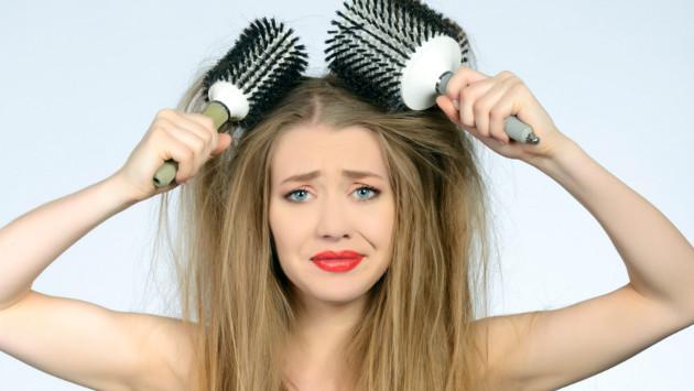 Tips caseros para eliminar el frizz del cabello