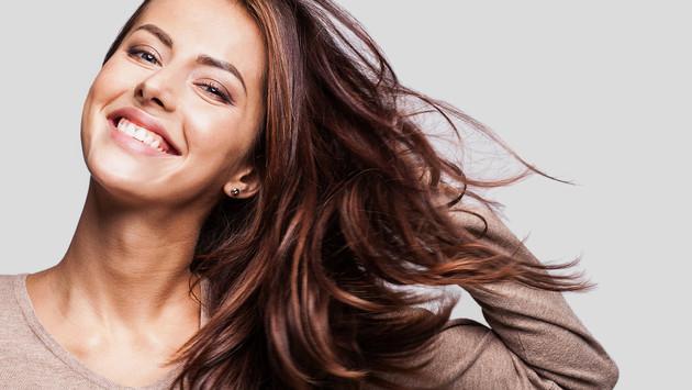 Tratamientos caseros para dominar el cabello esponjoso