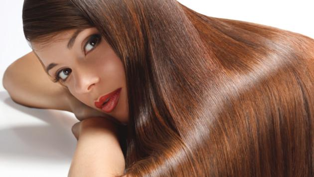 Truco para devolverle el brillo natural a tu cabello