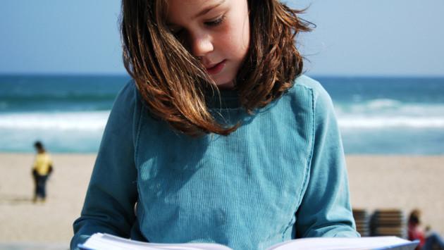 ¿Tus hijos deben estudiar durante el verano?