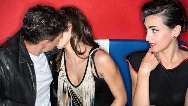 ¿Un beso de tu mejor amig@ puede afectar tu amistad?