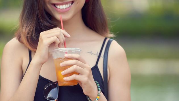 Zumos y bebidas para limpiar tu colon de manera natural