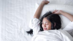 Alimentos que te ayudarán a dormir mejor sin engordar