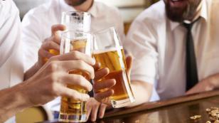 ¿El excesivo consumo de bebidas alcohólicas puede generar cáncer?