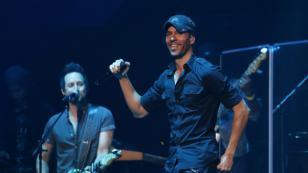 Enrique Iglesias anuncia el lanzamiento de un disco que reunirá todos sus éxitos
