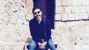 Jesús Adrián Romero estrenó 'Mundo interior', su nuevo sencillo