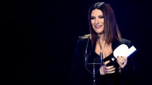 Laura Pausini lanza nuevo tema en italiano