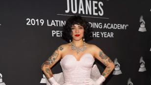 """Mon Laferte sobre Juanes: """"Ha sido un padrino mágico"""""""