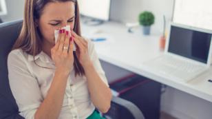 Truco para aliviar las alergias de la mañana