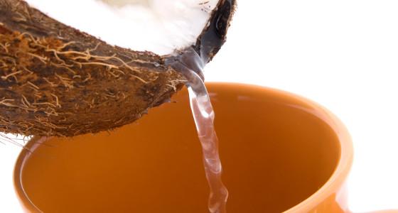 Agua de coco y sus beneficios para la salud
