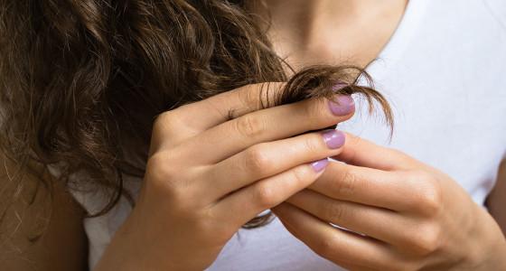 Tomate para el cabello maltratado por la plancha, secadora o tinte