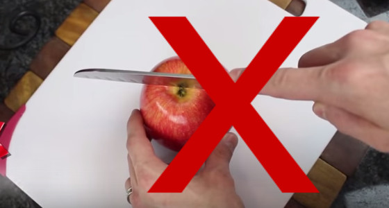 ¿Cómo cortar una manzana correctamente?