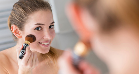 Errores del maquillaje que te hacen ver mayor