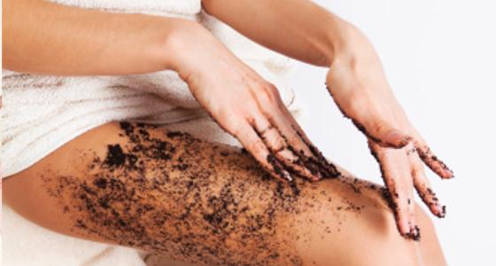 Exfoliante de azúcar y café para limpiar la piel