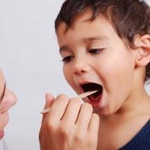 Remedio casero para el dolor de garganta en niños.