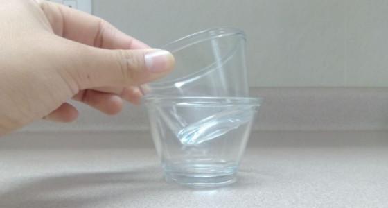 Truco para separar recipientes de vidrio pegados