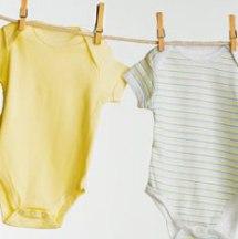 Tips para lavar correctamente la ropa de tu bebe.