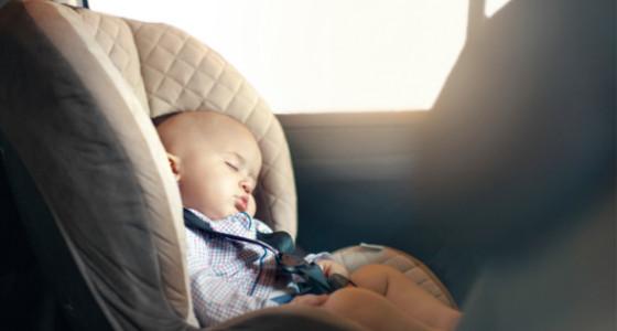 Tips de seguridad para llevar niños en un auto