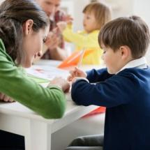 Tips para mejorar la relación con la profesora de tus hijos.